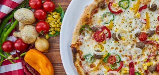 pizza-2766471_1920